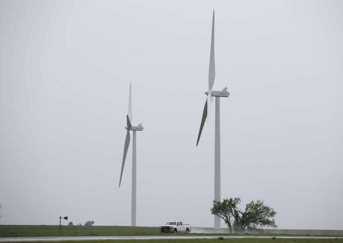 Governor signs bill to end wind tax credits