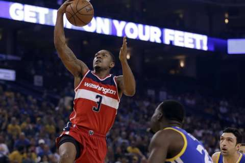 Wall dominates third quarter as Wizards snap Hornets' streak