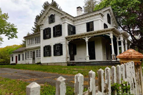 Entire Conn. ghost town goes up for sale