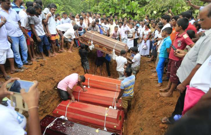 At least 146 killed in Sri Lankan floods