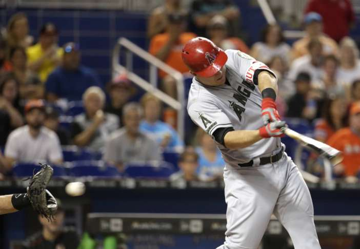 Trout injured in Angels' loss to Marlins