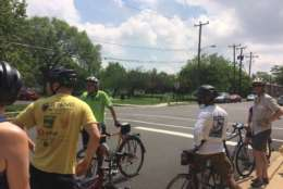 WABA instructor Jason Horowitz leads a group of City Cycling participants on the streets of Arlington, Virginia, on Sunday, April 30, 2017. The City Cycling classes are divided in two sections - fundamental and confidence - and both tracks go for rides after instruction. (WTOP/Abigail Constantino)