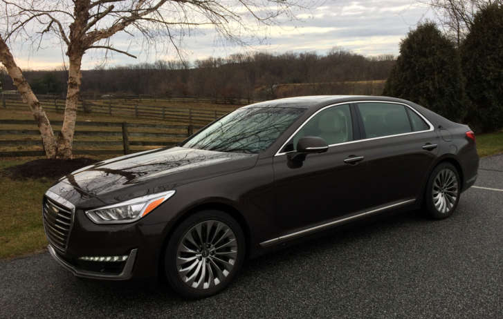style to more as edges it arms class luxury sedan equus hyundai carscoops s with closer the