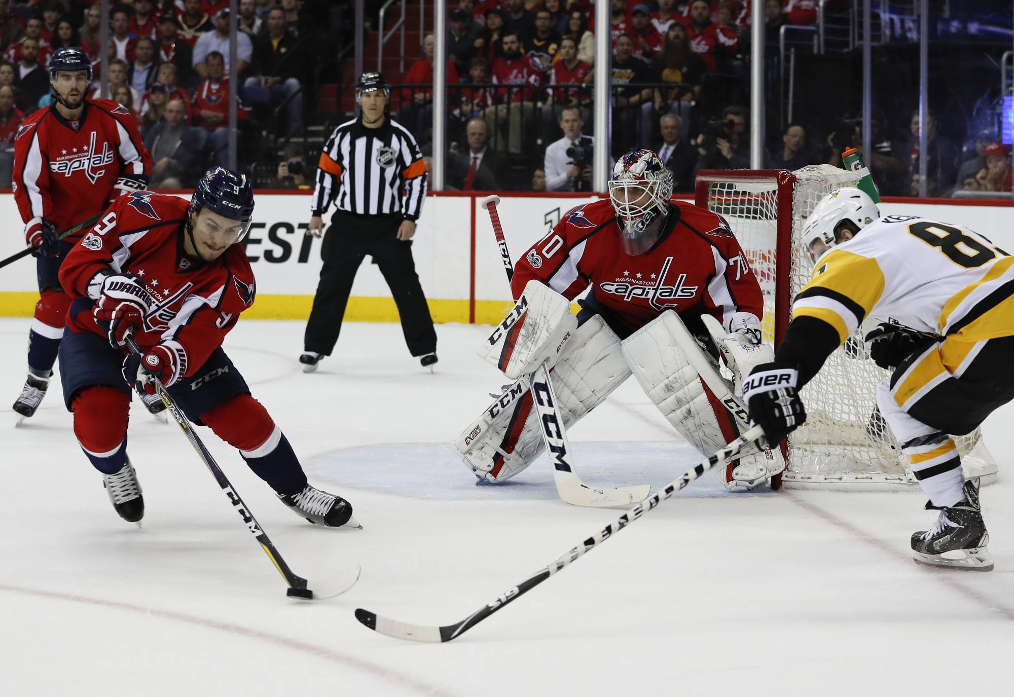 Photos Capitals U0026 39 Second Round Series With Pittsburgh