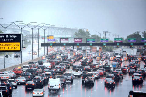 Tips for avoiding Memorial Day getaway traffic