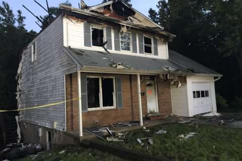 U.Md. students escape early morning University Park house fire