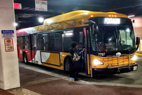 Fairfax Connector bus drivers again warn of a strike