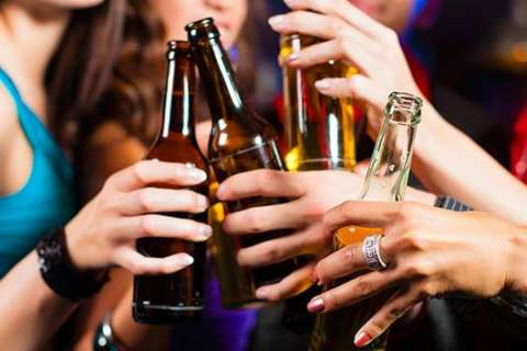 CDC: Teen student drinking at 25-year low but binge drinking persists