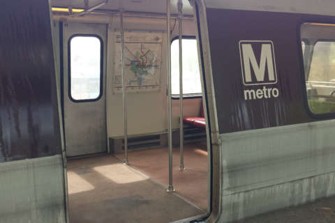 Metro says it's losing $400K per day during shutdown