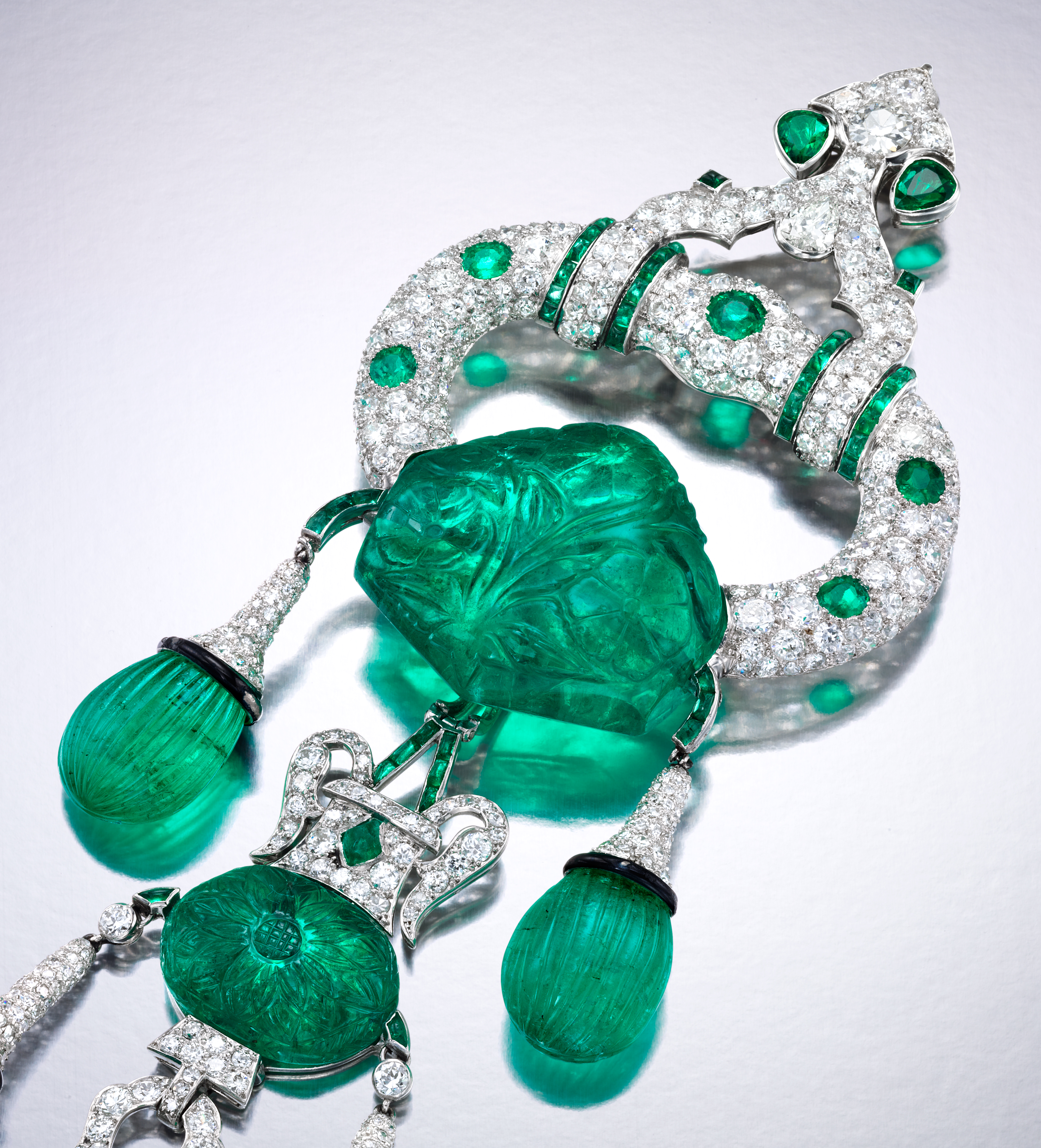 Exquisite Gems Jewels From Cartier Harry Winston On