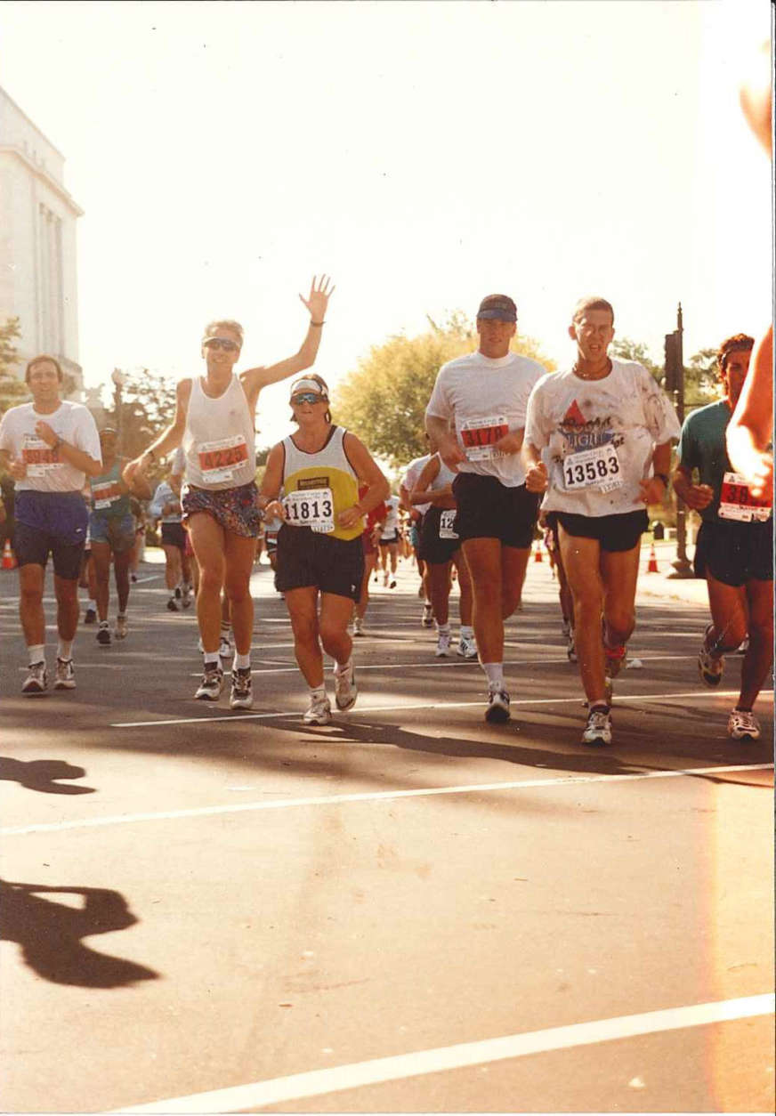Runners in the 1995 Marine Corps Marathon. (Courtesy Marine Corps Marathon)
