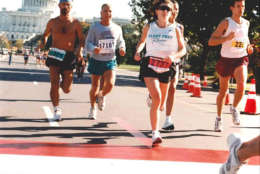 Runners on the National Mall during the 1995 Marine Corps Marathon. (Courtesy Marine Corps Marathon)