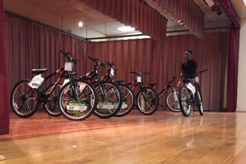 Perfect attendance means free bikes for Prince George's middle schoolers