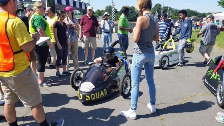 Electric Vehicle Grand Prix Teaches High Schoolers Efficiency