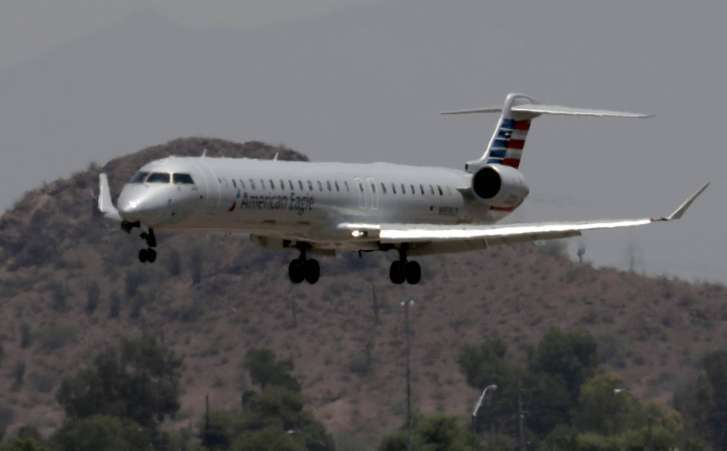 Extreme heat grounds American Airlines flights in Phoenix