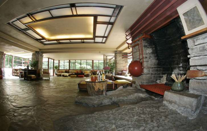 Flood topples statue at iconic Fallingwater house WTOP