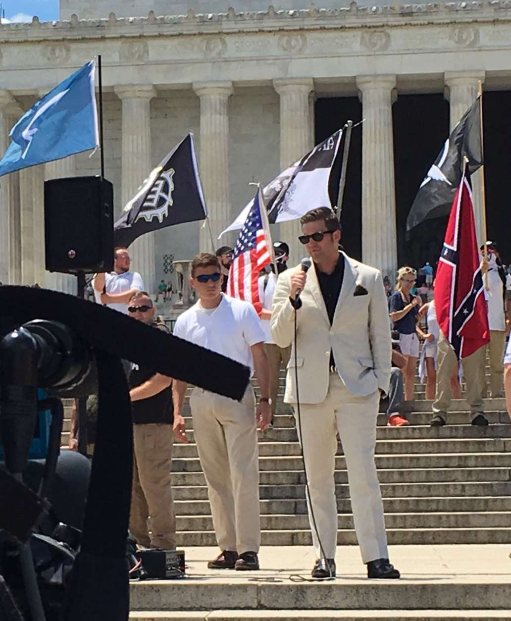 Controversial white nationalist Richard Spencer addresses those at the free speech rally.  The free speech group rallied near the Lincoln Memorial, but closer to the reflecting pool. (WTOP/Liz Anderson)