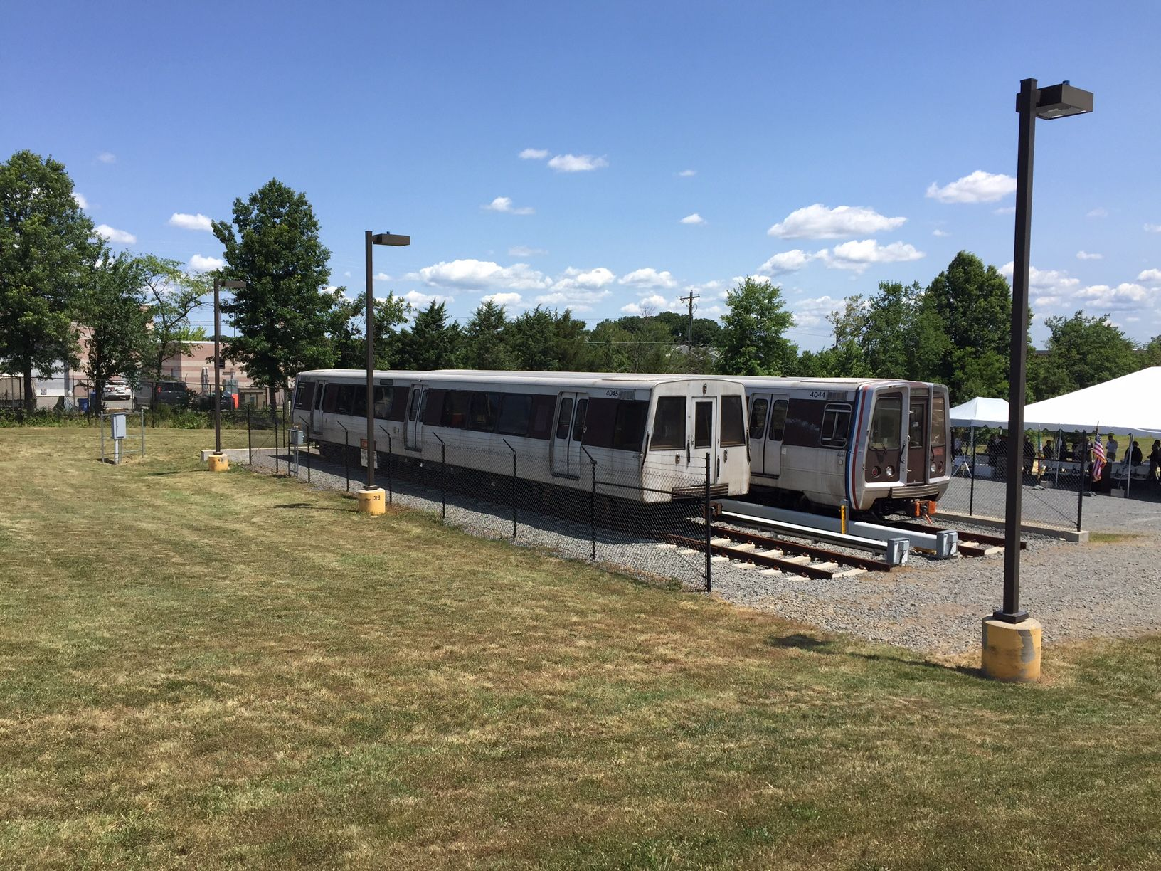 The simulator features two retired Metro rail cars, tracks and a third rail. (WTOP/John Aaron)