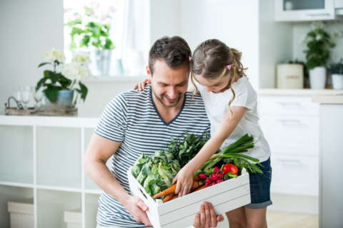 How dads impact their children's eating habits