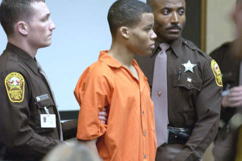 DC sniper Malvo argues for resentencing hearing in Montgomery Co.