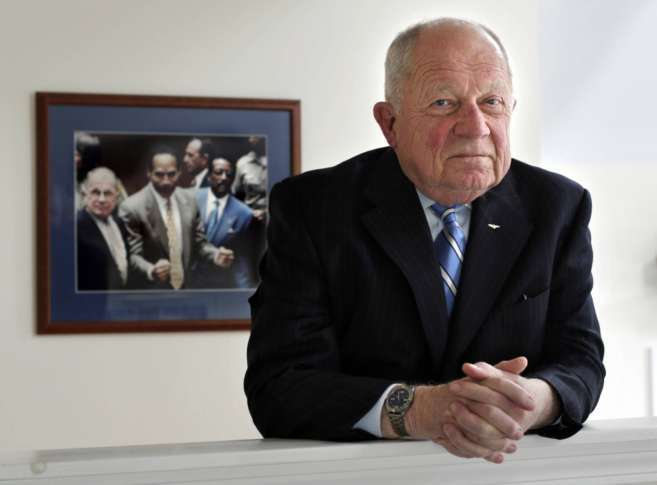 Famed lawyer F. Lee Bailey files again for bankruptcy
