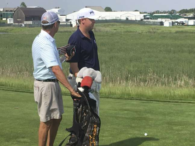 Davis Love III to caddy for his son at the US Open