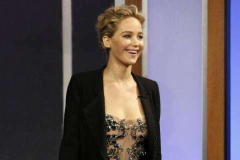 Jennifer Lawrence becomes ill during Broadway show