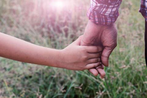 9 ways to raise a really good kid