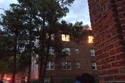 Fire engulfs Northwest apartment building (Video)