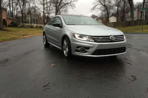 Car Review: Volkswagen midsize sedan combines style and practicality