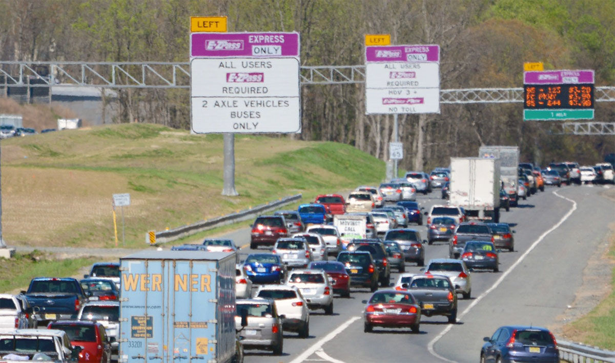 Pay-per-mile driven instead of gas tax? Testing with tolls coming to