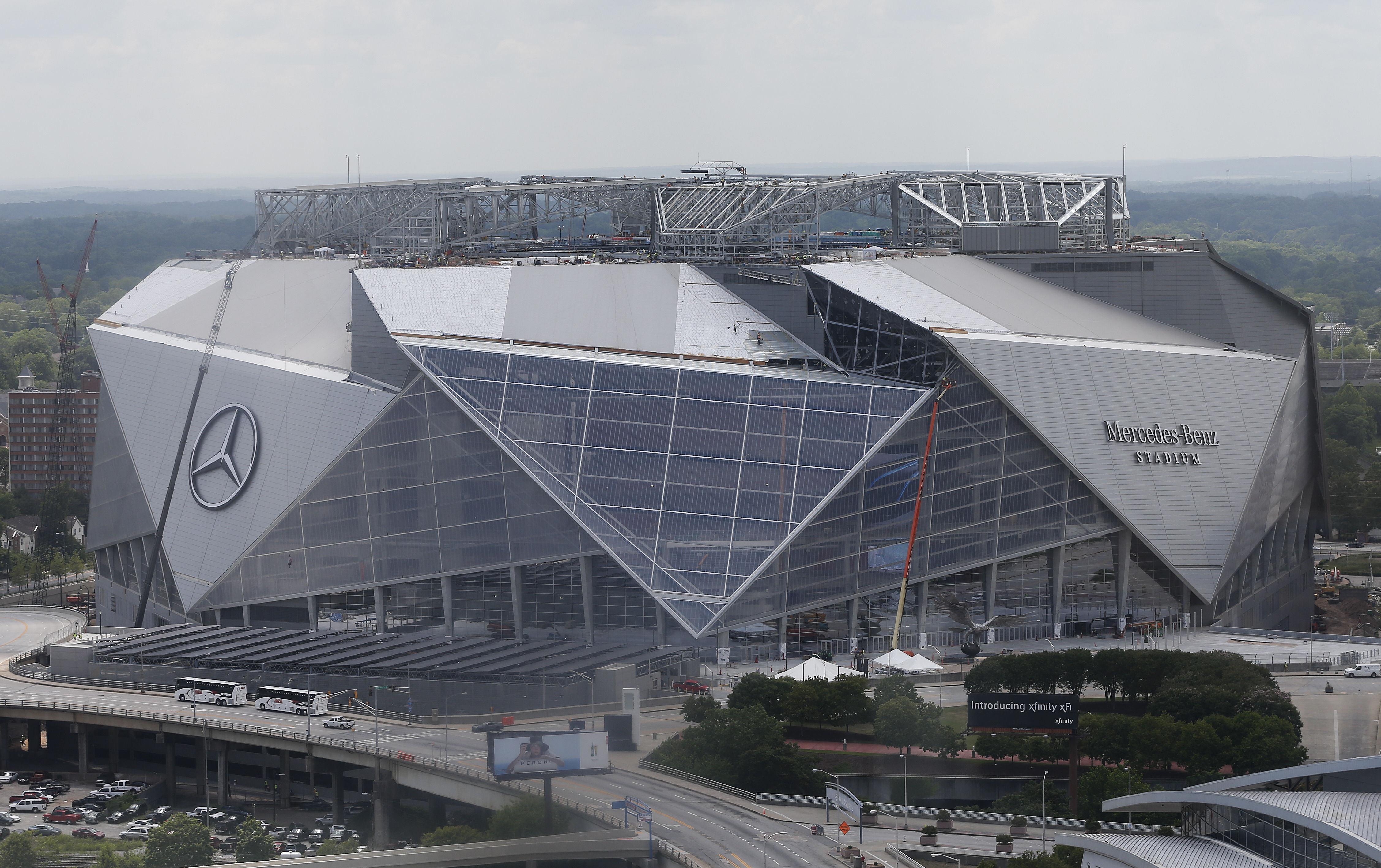 New atlanta stadium features affordable prices wi fi for Mercedes benz stadium price