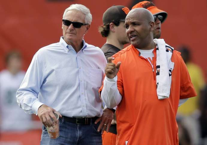 Browns owner isn't sure about 2017 but promises good times around corner