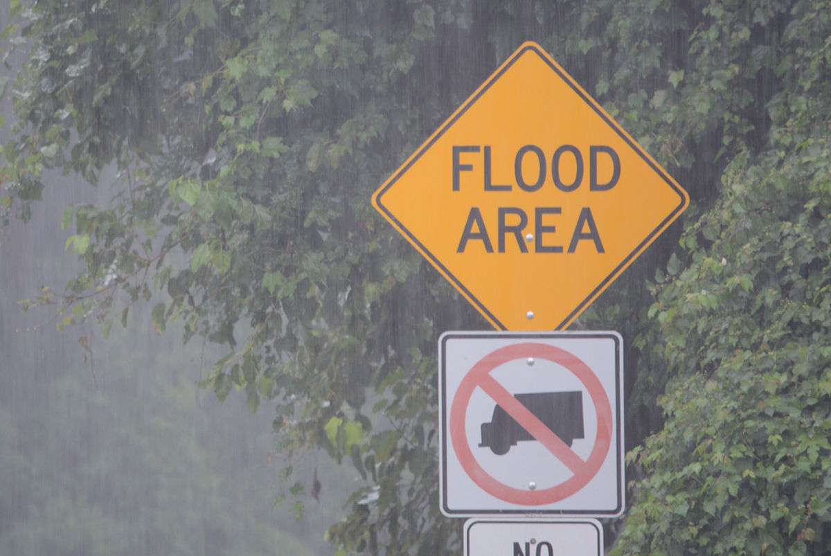 The National Weather Service says that between 1.5 and 3 inches of rain have fallen from near Gaithersburg to Silver Spring with flash floods already occuring along Rock Creek and Sligo Creek in Montgomery County, Maryland. (WTOP/Dave Dildine)