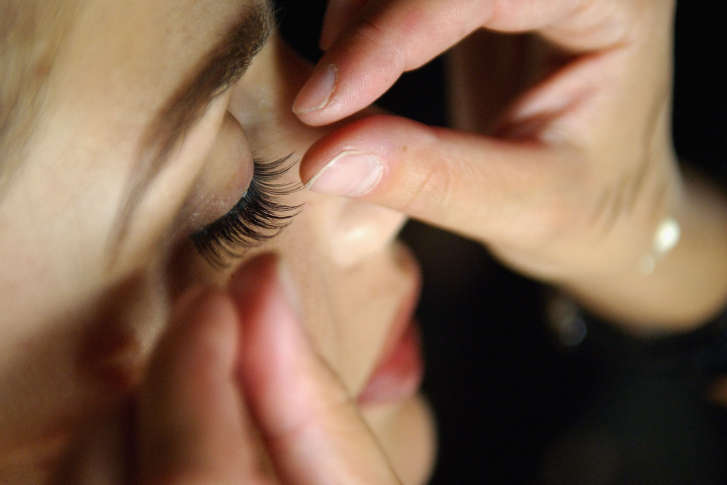 Wake Up Ready Consumers Turn To Permanent Makeup For Natural Look