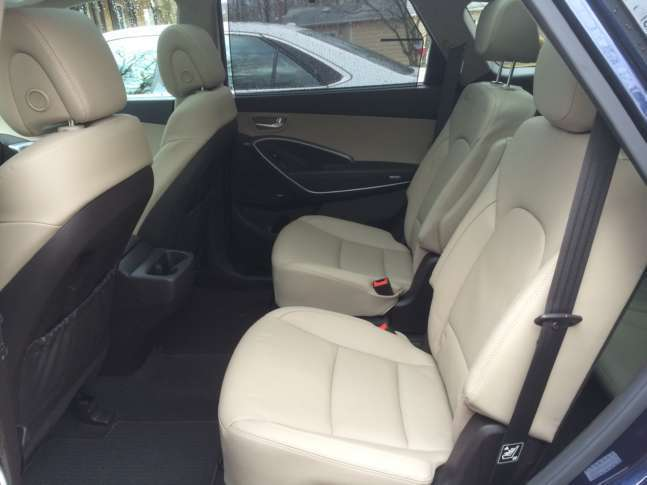 Second row passengers have heated seats that slide and recline for added comfort. (WTOP/Mike Parris) & Car Review: Hyundai offers u0027value buyu0027 with 2017 Santa Fe Limited ... islam-shia.org
