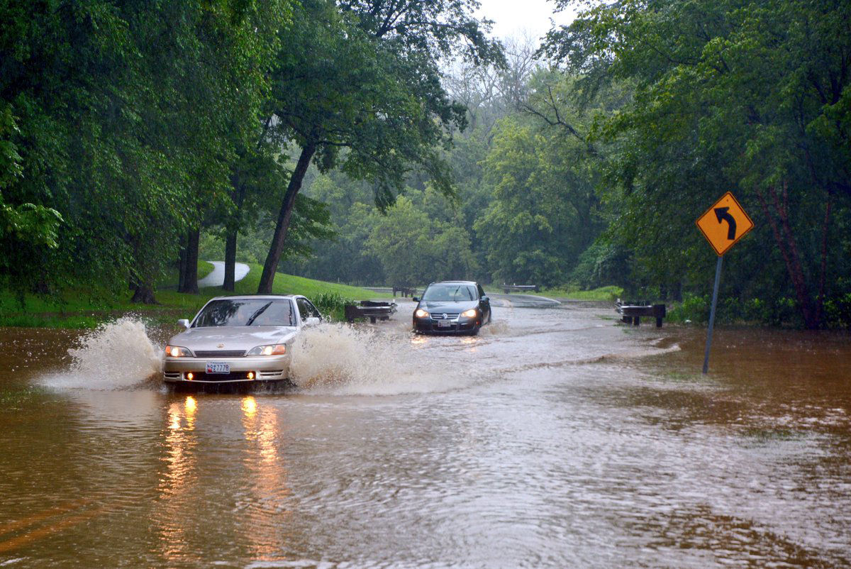 Beach Drive remains under about 6 inches of rain in Kensington, Maryland. (WTOP/Dave Dildine)
