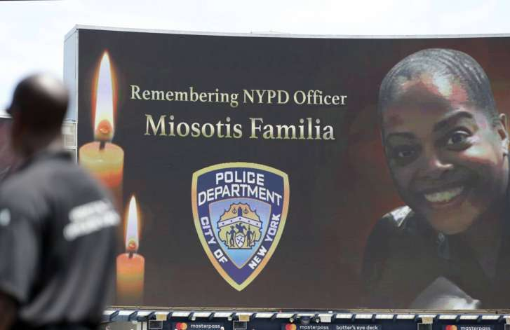NYC officer fatally shot in 'unprovoked' Bronx attack