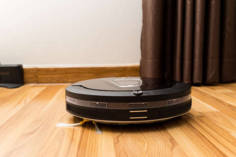 Deputies respond to home invasion, find robot vacuum cleaner