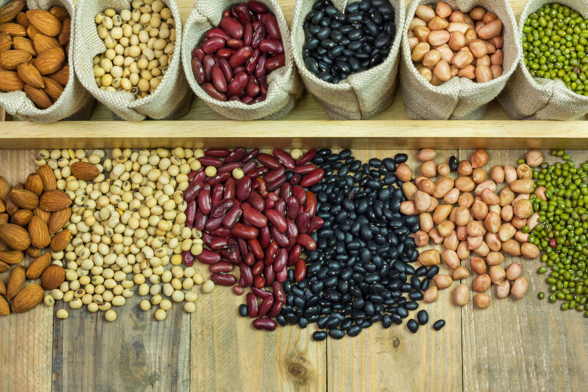 Eating beans and nuts on a daily basis can add years to your life. (Thinkstock)