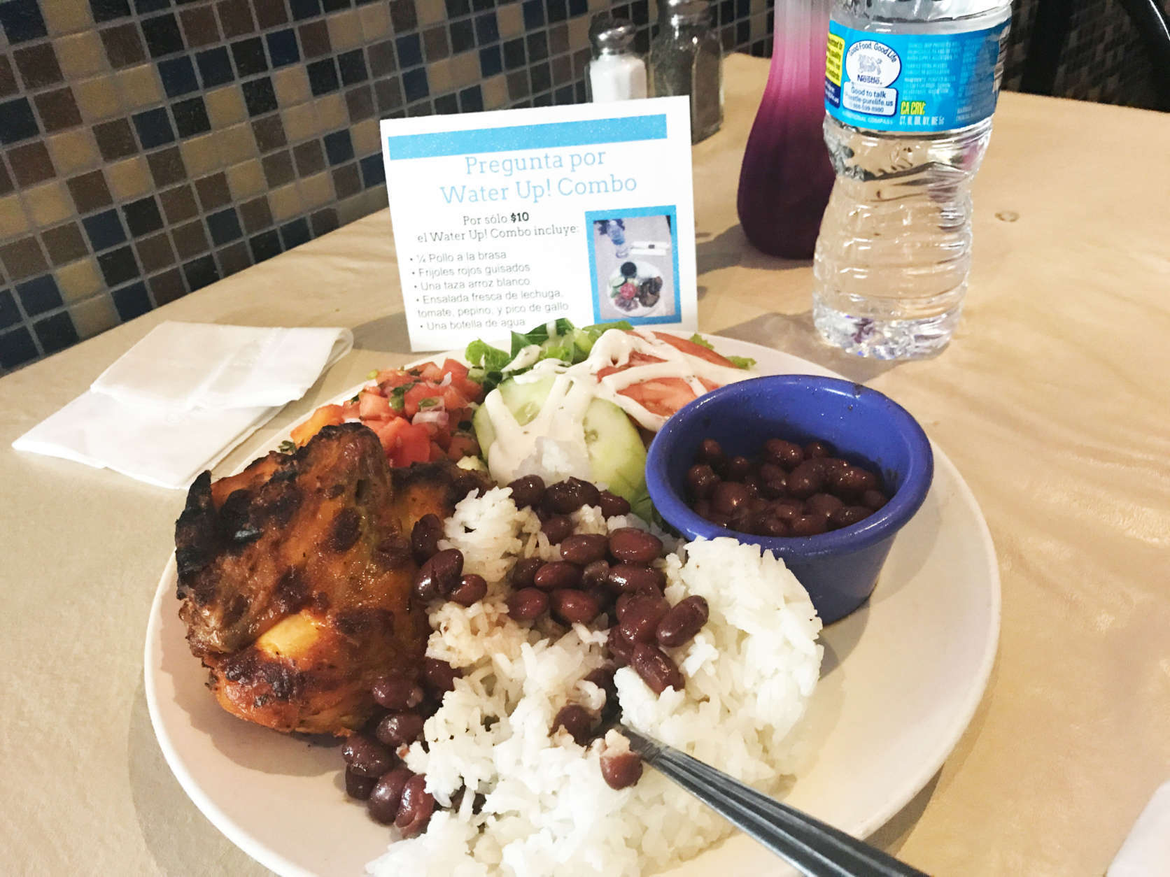 A new program in Langley Park, Maryland, promotes tasty combo meals — minus the giant soda. (WTOP/Rachel Nania)