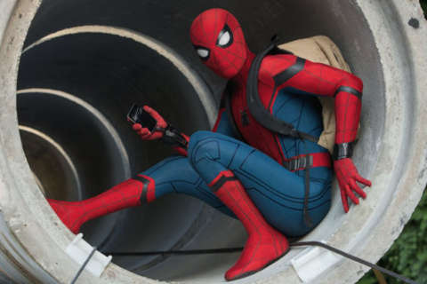 Review: 'Spider-Man: Homecoming' starts juvenile, but packs a super twist