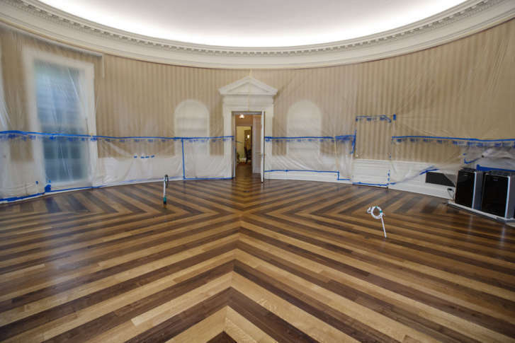 The Hardwood Floor Of The Oval Office Is Resurfaced As The West Wing Of The  White House In Washington Undergoes Renovations While President Donald  Trump Is ...