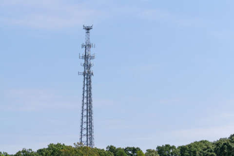 Montgomery Co. Council to vote on cell tower placement