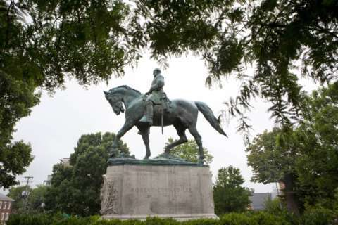 In Va., a split on removing Confederate monuments