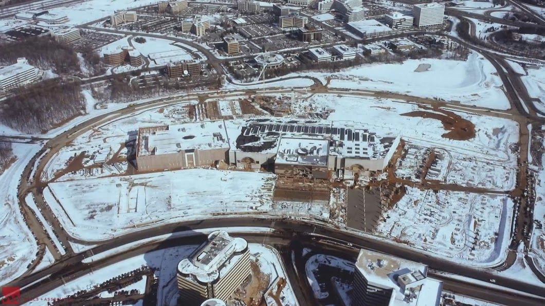 The completion of Tysons Galleria on a snowy winter morning in 1988. (Courtesy Tysons Partnership)