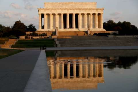 Park Service seeks public's thoughts on Lincoln Memorial upgrade options