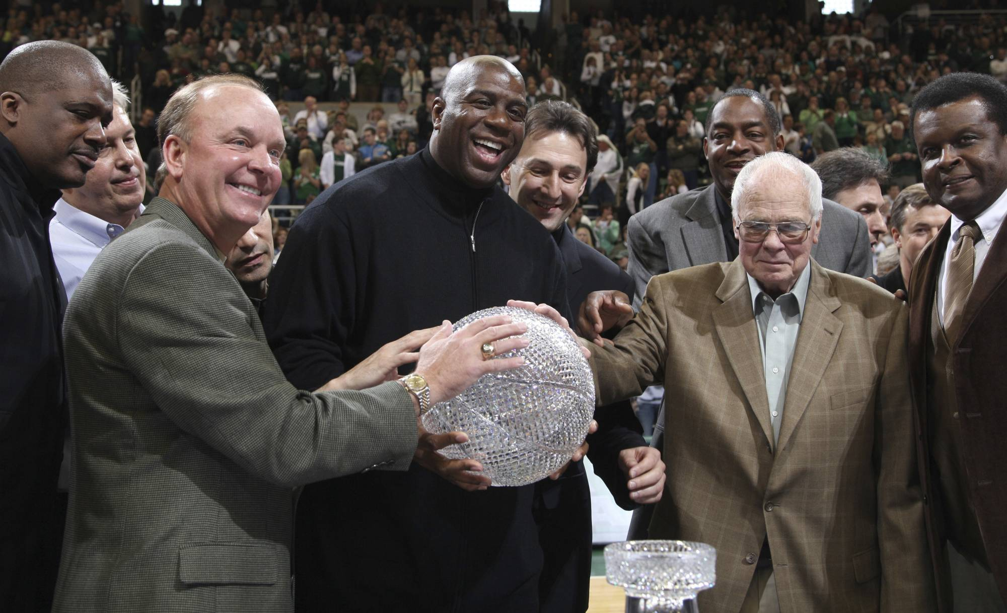 Jud Heathcote Who Led Michigan State And Magic Johnson To The 1979 NCAA Championship Has Died He Was 90 School Announced Monday In