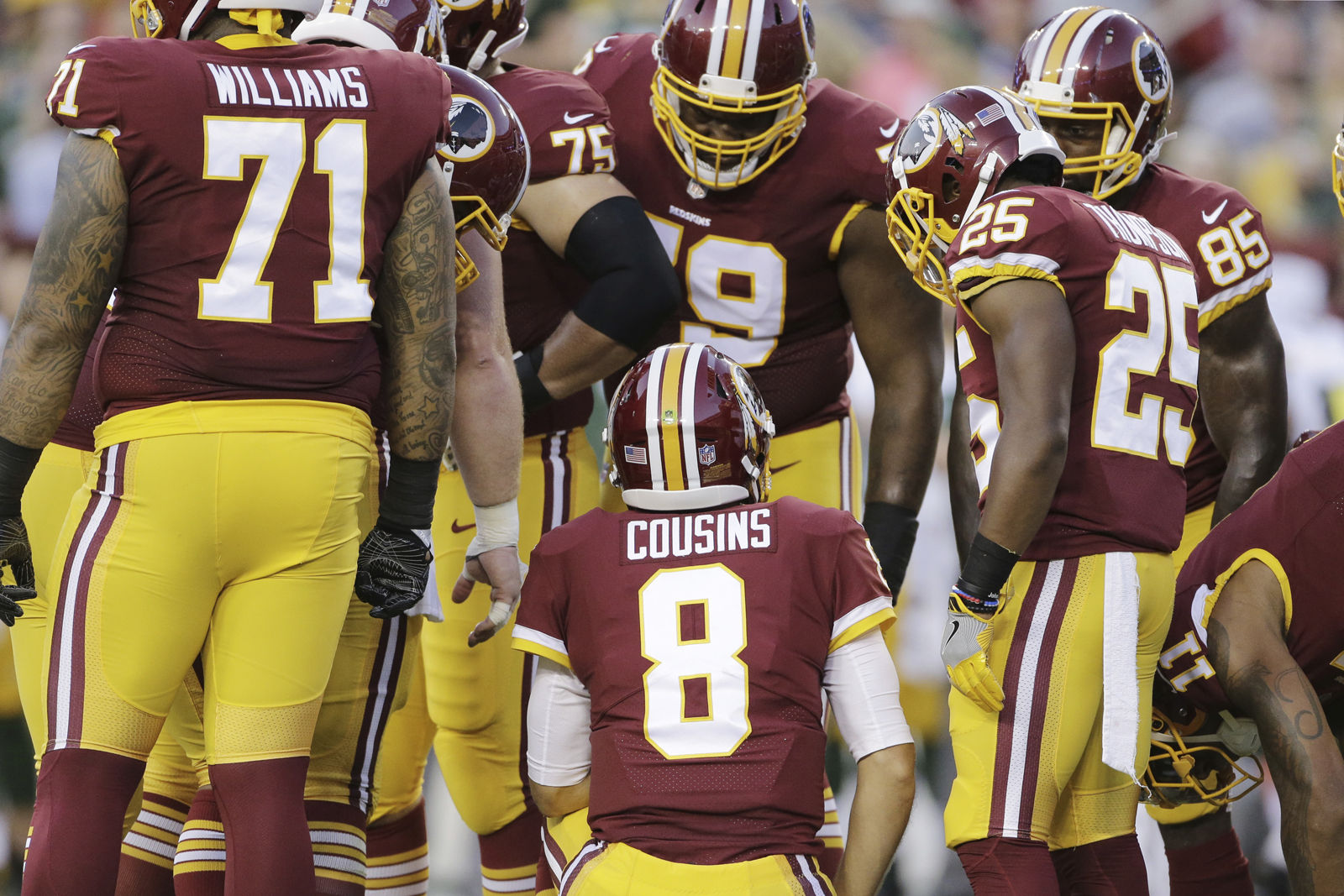 new product 1697e d32e3 Redskins' first-team offense finds end zone, still has ways ...