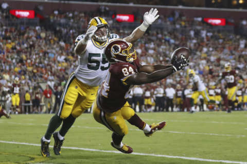 Redskins' first-team offense finds end zone, still has ways to go